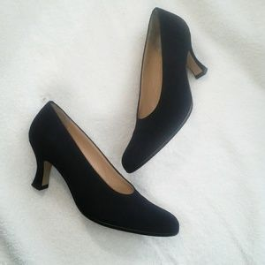 Ann Taylor | leather heels made in Italy size 7